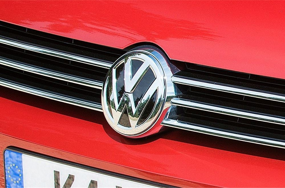 Volkswagen Group to give two-year warranty on emissions recall work