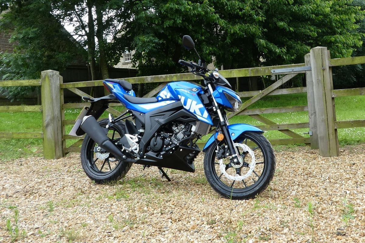 Suzuki GSX-S125 Key less vs Yamaha MT-10, Which Is More Worth Choosing?