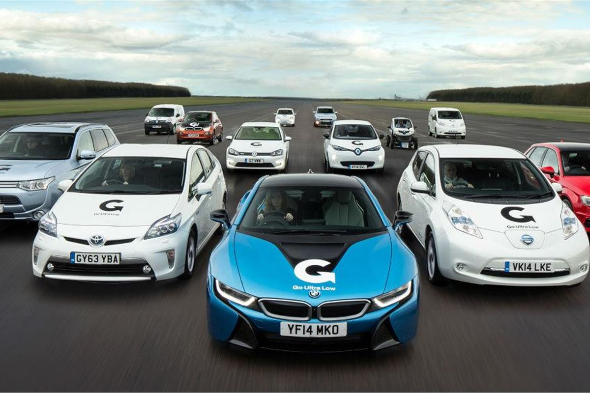 benefits of hybrid cars While you may save on gas, the initial cost of a hybrid is generally higher than a traditional vehicle, due in part to its technology, fuel-saving benefits and its being marketed as an eco-status car.