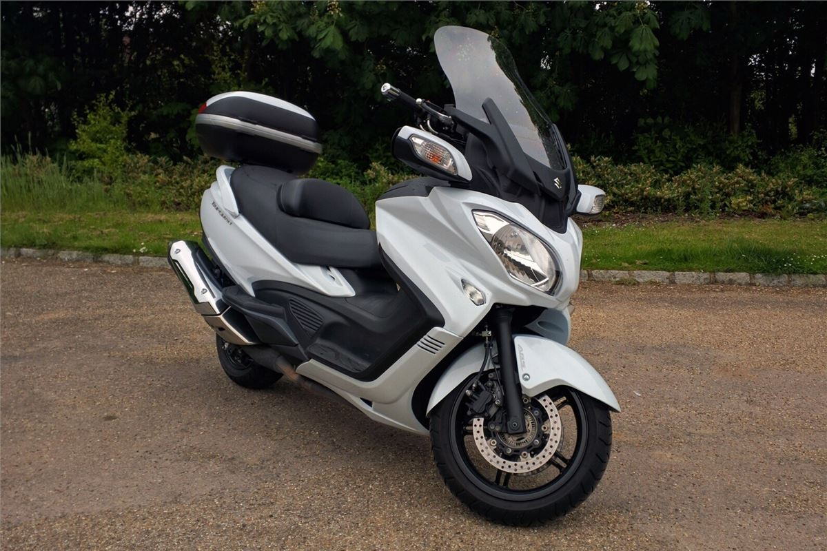 review  suzuki burgman 650 executive 2016