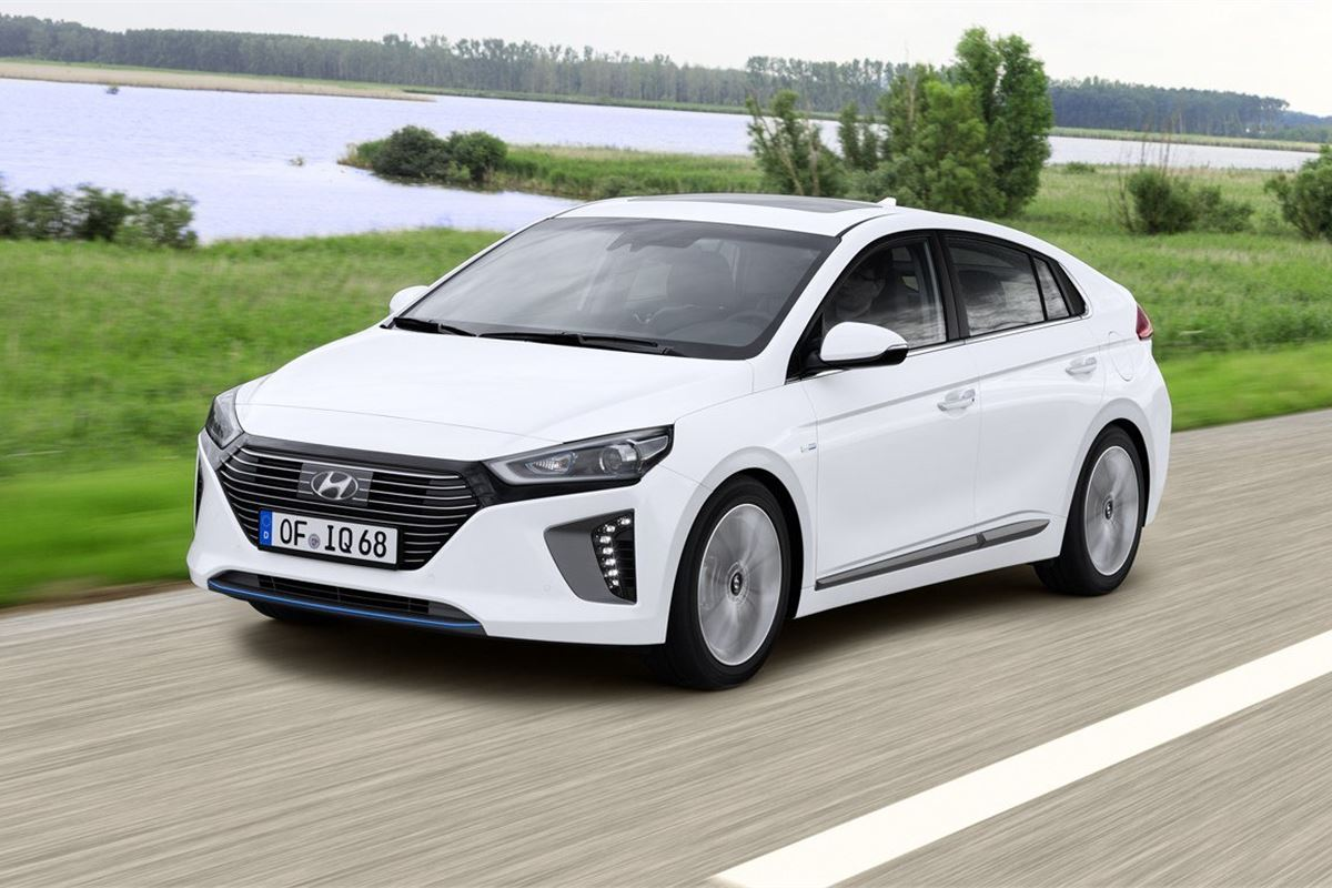 Hyundai Ioniq Hybrid 2016 Road Test | Road Tests | Honest John