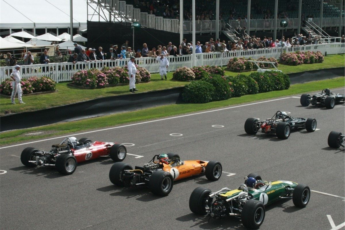 Top 10 Highlights From The Goodwood Revival 2016