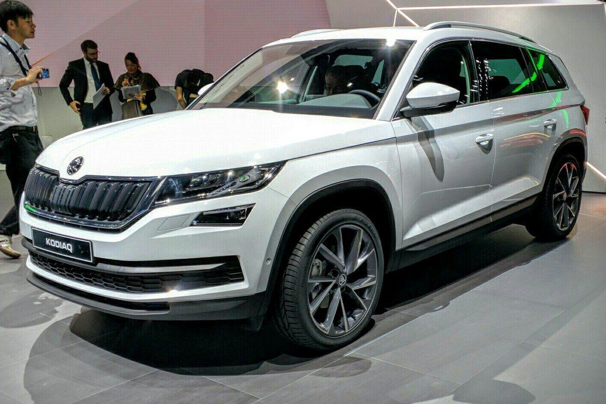paris motor show 2016 skoda officially unveils its kodiaq suv motoring news honest john. Black Bedroom Furniture Sets. Home Design Ideas