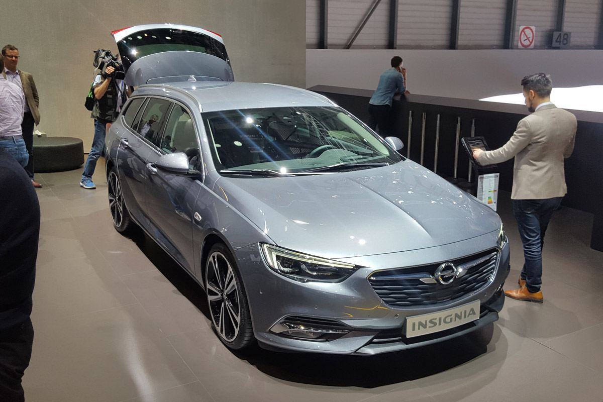 geneva motor show 2017 vauxhall launches insignia sports tourer motoring news honest john. Black Bedroom Furniture Sets. Home Design Ideas