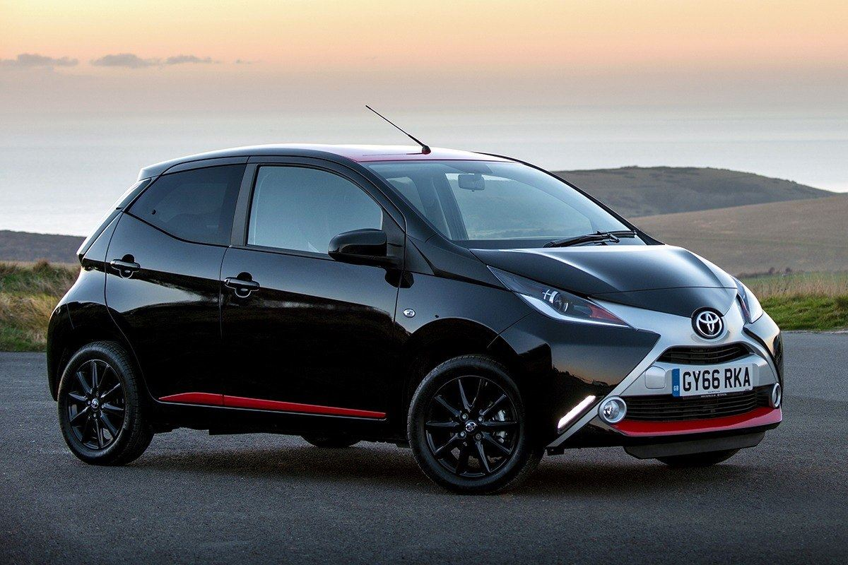 toyota aygo 1 0 x press 2017 road test road tests honest john. Black Bedroom Furniture Sets. Home Design Ideas