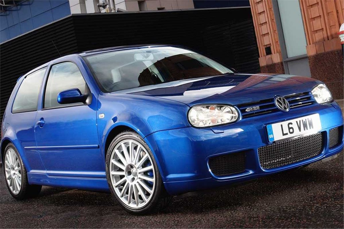 volkswagen golf mk4 r32 classic car review honest john. Black Bedroom Furniture Sets. Home Design Ideas