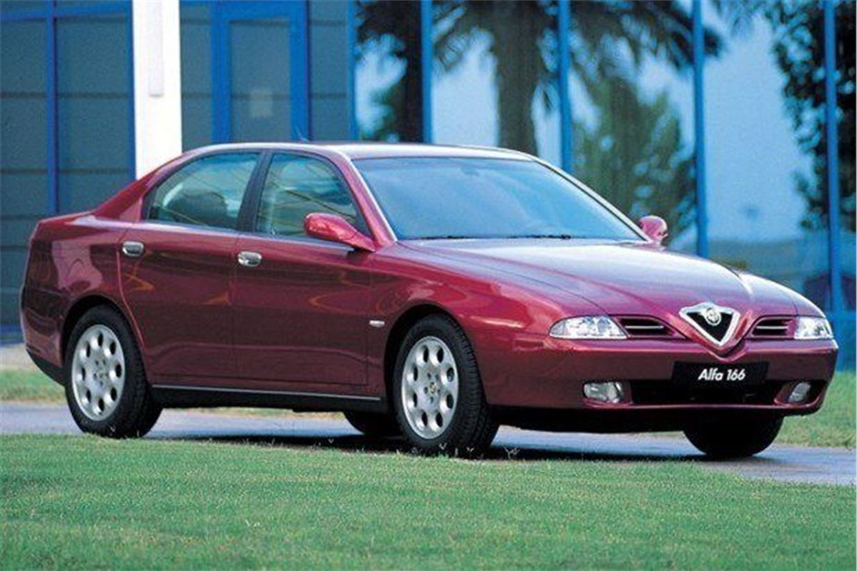 alfa romeo 166 classic car review honest john. Black Bedroom Furniture Sets. Home Design Ideas