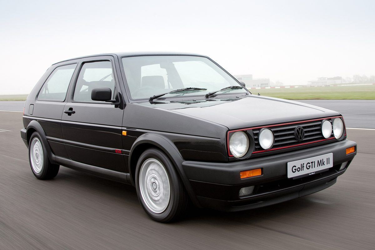 Top 10: Classic Cars You Can Use Every Day In 2019
