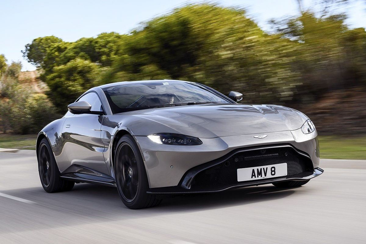 Aston Martin Vantage 2018 - Car Review