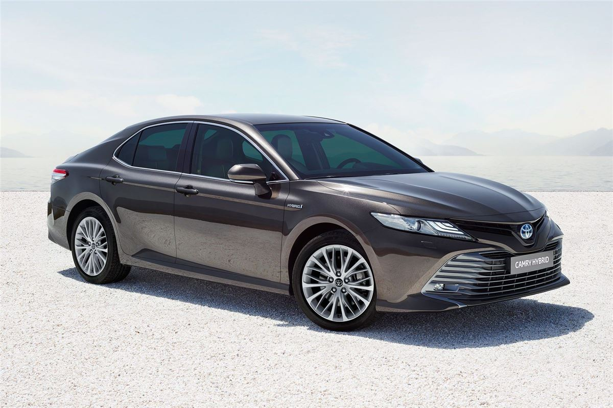 2019 Toyota Camry: new pics and details revealed ...