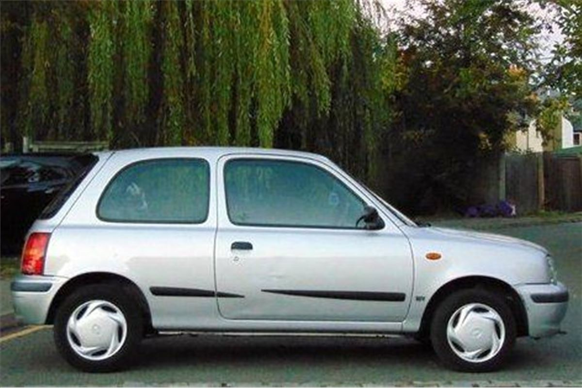 A Grand Monday  Nissan Micra K11 Twister
