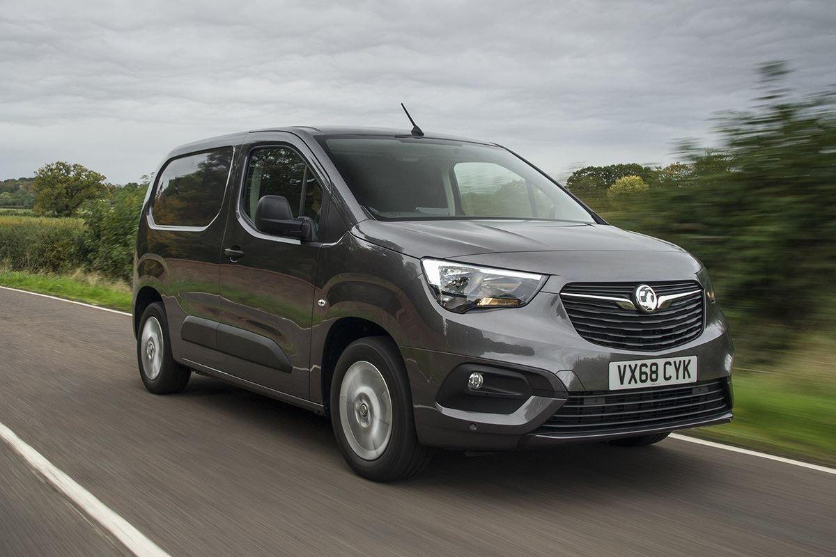 Vauxhall Combo 2018 - Van Review | Honest John