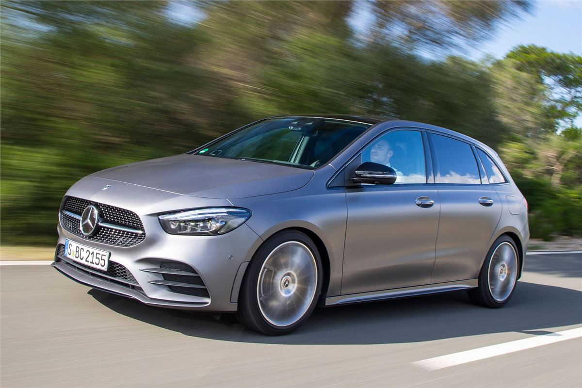 Mercedes Benz B 200 D Amg Line 2019 Road Test Road Tests