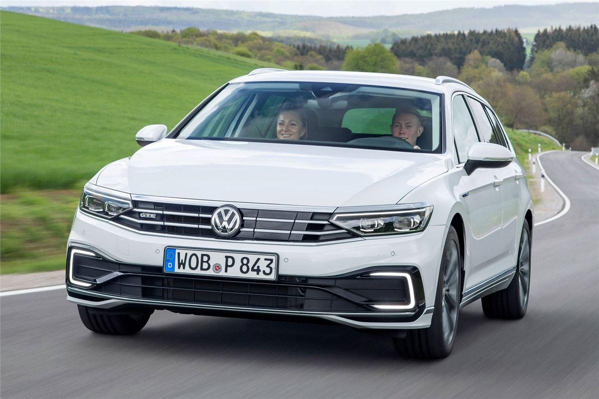 volkswagen passat gte estate 2019 road test road tests. Black Bedroom Furniture Sets. Home Design Ideas