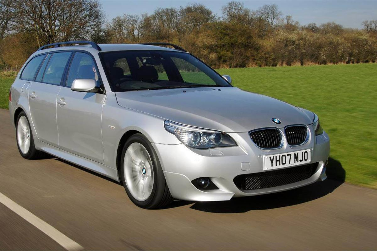 BMW 5 Series Touring E61 2004 - Car Review