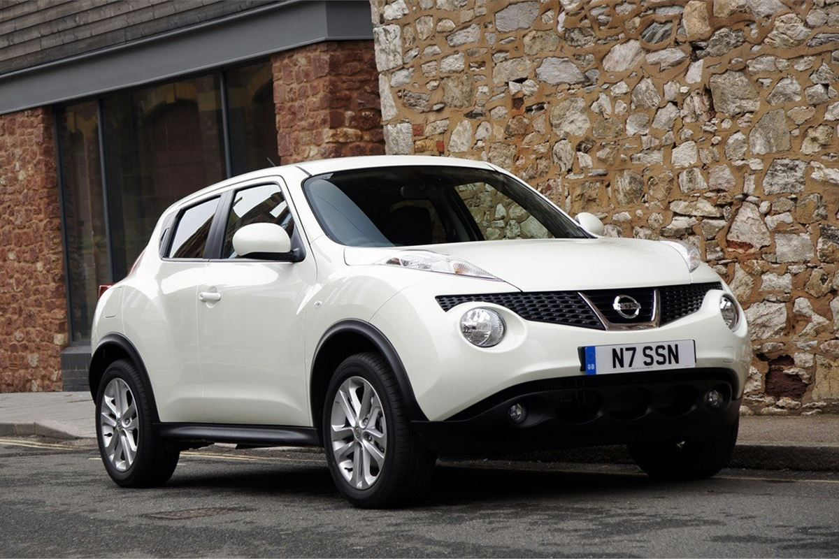 Nissan juke 2010 car review honest john for Nissan juke einparkhilfe