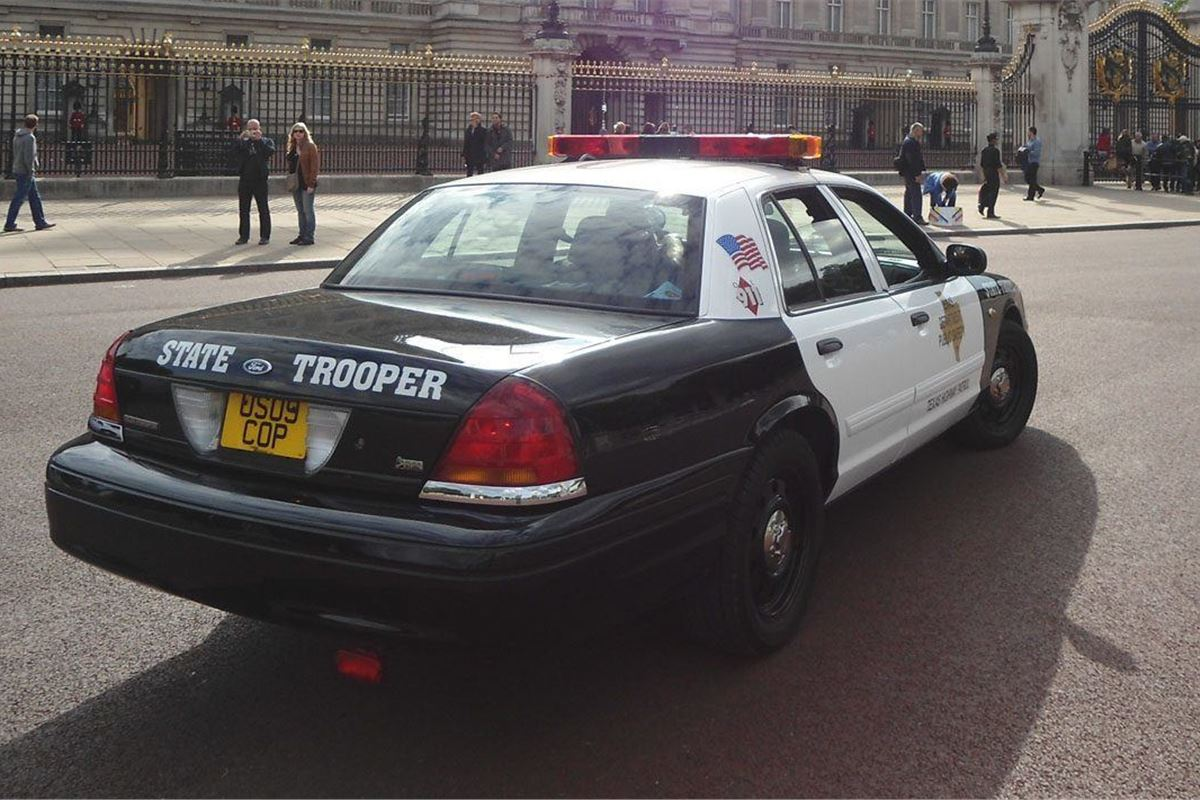 Police Cars For Sale >> Former Us Police Force Cars Now On Sale In The Uk Motoring News