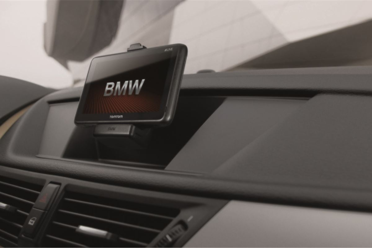 Tomtom Sat Nav Now Available In Bmws Motoring News