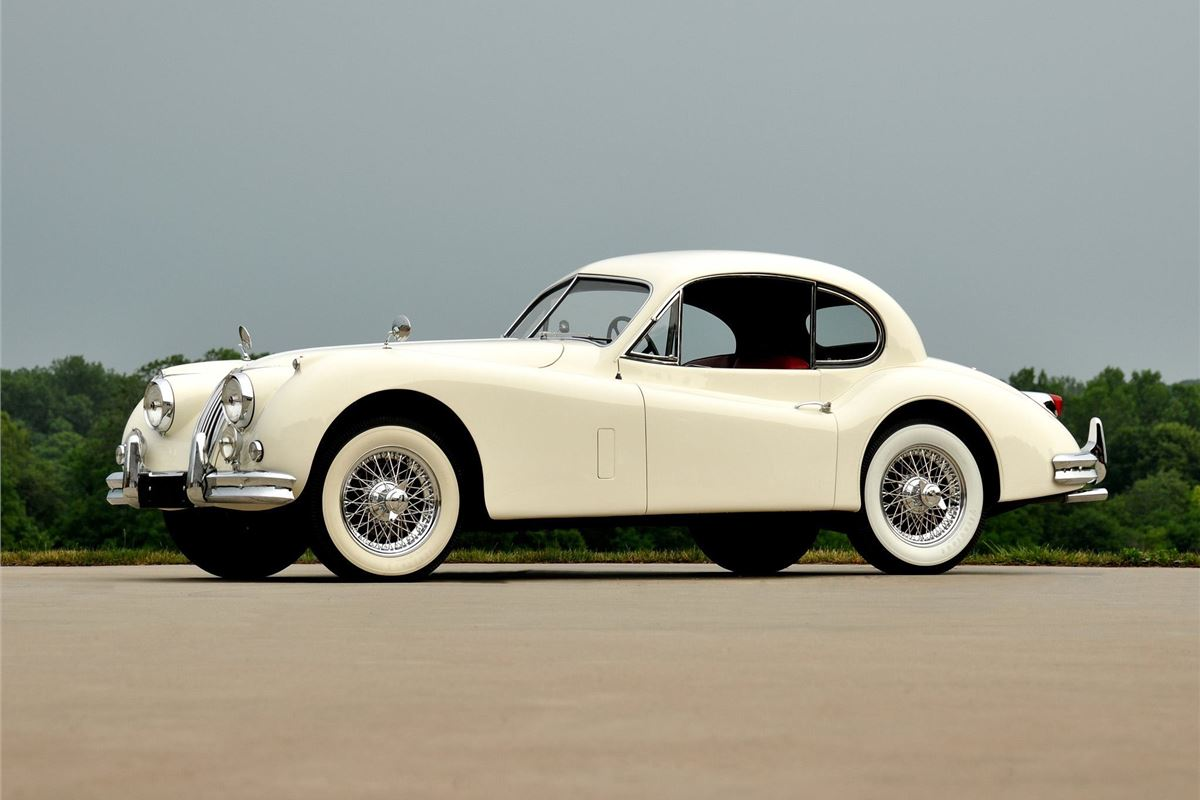 jaguar xk140 classic car review honest john. Black Bedroom Furniture Sets. Home Design Ideas