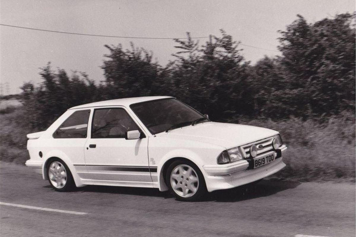 Ford Escort Rs Turbo Classic Car Review Honest John