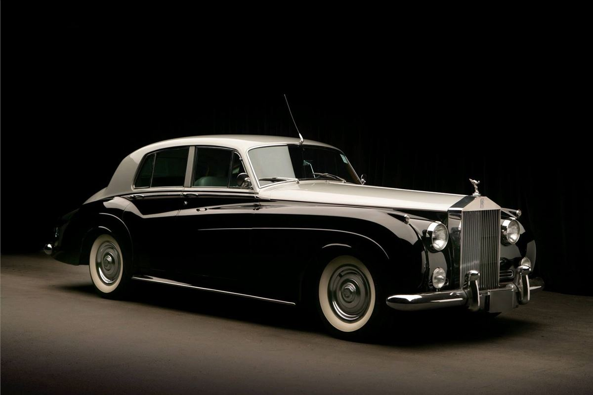 rolls royce silver cloud ii iii classic car review. Black Bedroom Furniture Sets. Home Design Ideas