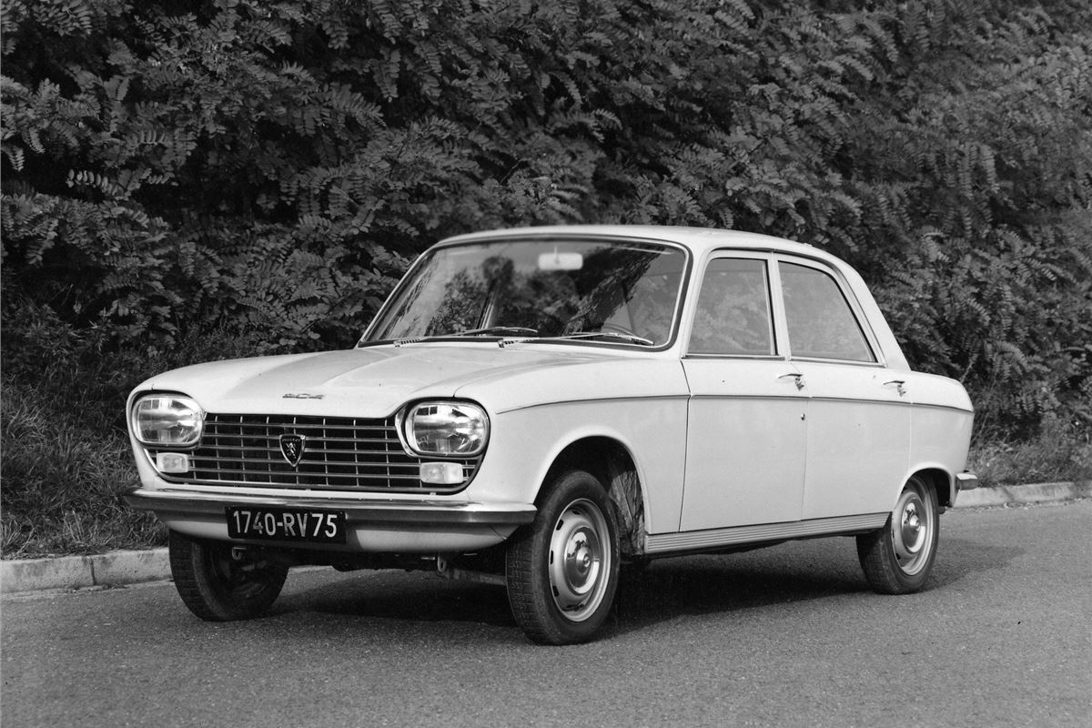Peugeot 204 - Classic Car Review