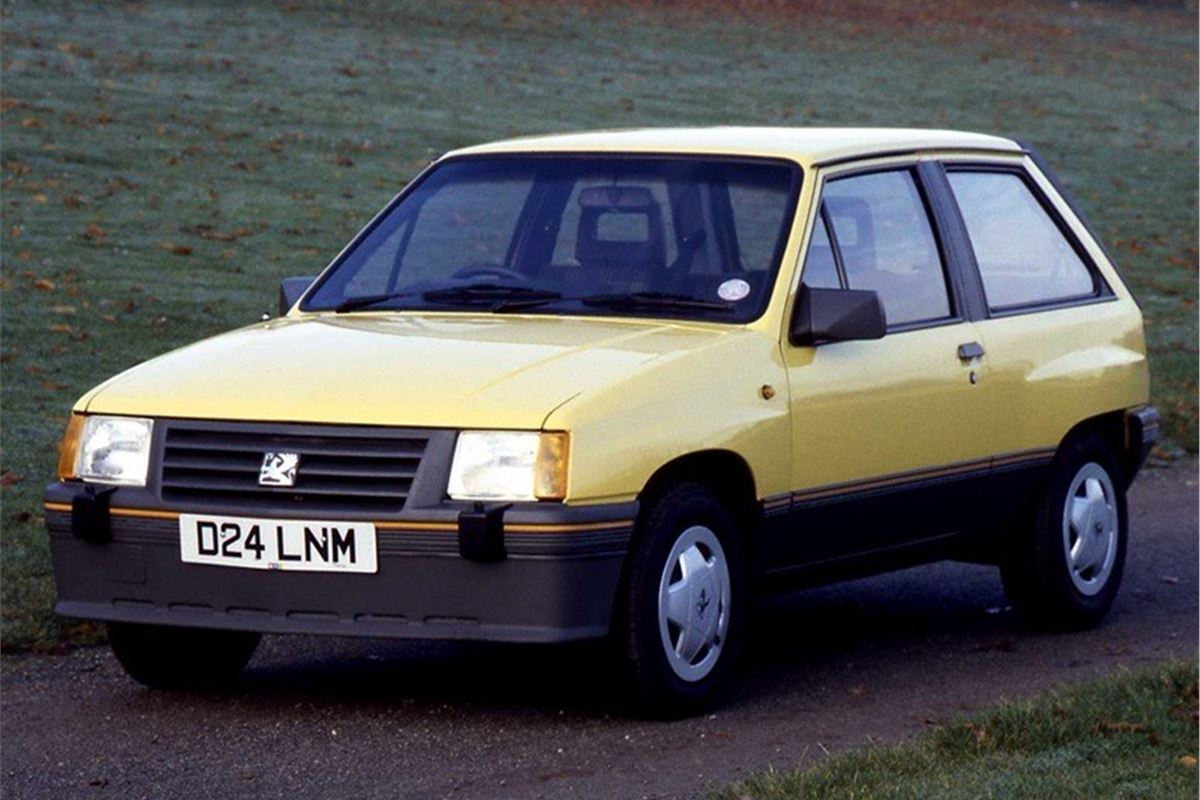 Vauxhall Nova - Classic Car Review | Honest John
