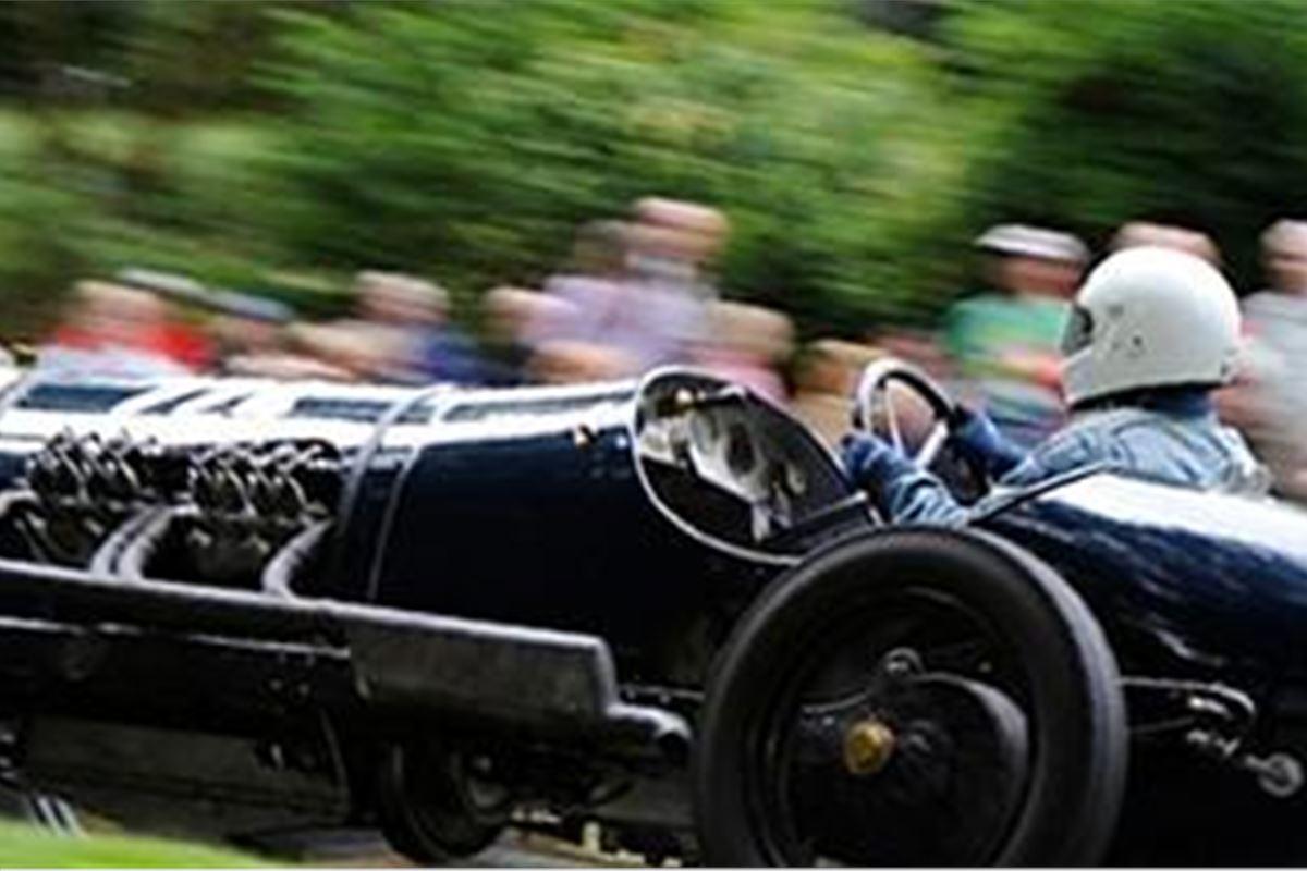 Castle Hill Car Festival To Rock Devon In August Honest John