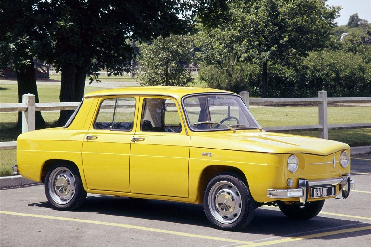 renault 8 classic car review honest john. Black Bedroom Furniture Sets. Home Design Ideas