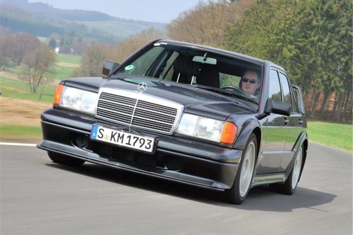mercedes benz 190e 2 3 16 2 5 16 classic car review. Black Bedroom Furniture Sets. Home Design Ideas