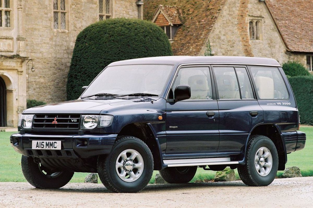 land rover defender honest john with Mitsubishi Pajero Old Model on News Land Rover Defender To Be Scrapped together with Volvo Owners Manual moreover Honda Reading additionally Sports Car Projects Triumph moreover Mitsubishi Pajero Old Model.