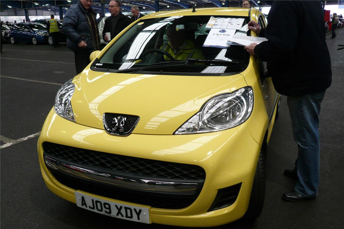 Today S Car Auction Bidding Calmer After First Week Buying
