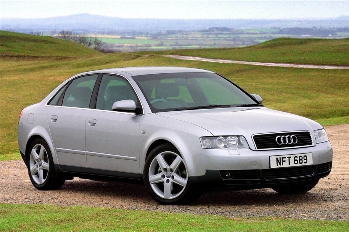 Audi a4 b6 2001 car review honest john for Mueble 2 din audi a4 b6