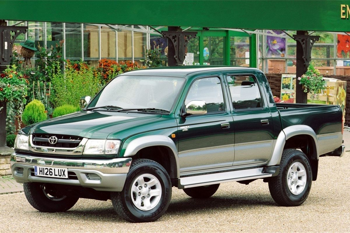 toyota hilux 2000 car review honest john. Black Bedroom Furniture Sets. Home Design Ideas