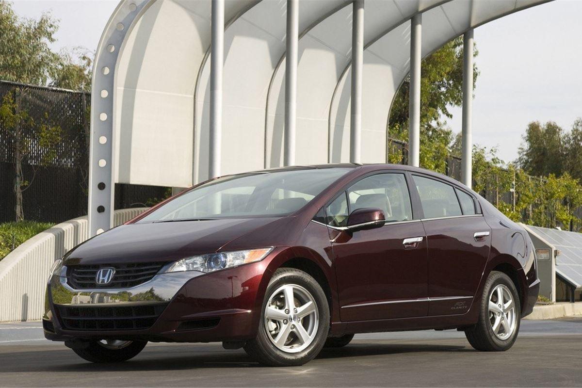 Honda FCX Clarity 2008 - Car Review - Driving