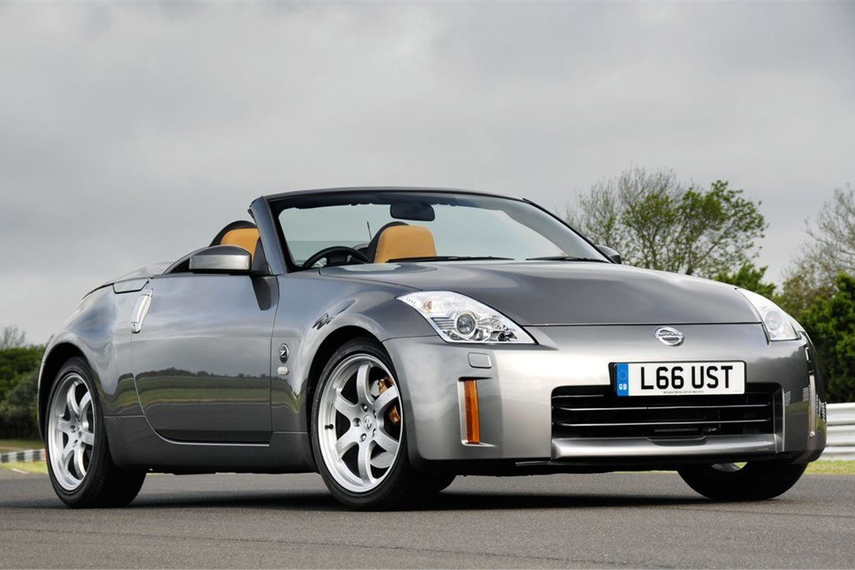 nissan 350z roadster 2005 car review honest john. Black Bedroom Furniture Sets. Home Design Ideas