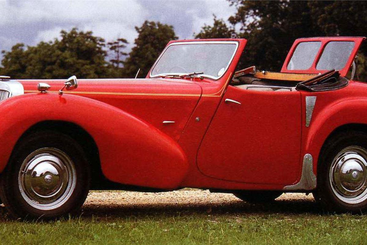 triumph triumph 1800 2000 roadster classic car review honest john. Black Bedroom Furniture Sets. Home Design Ideas