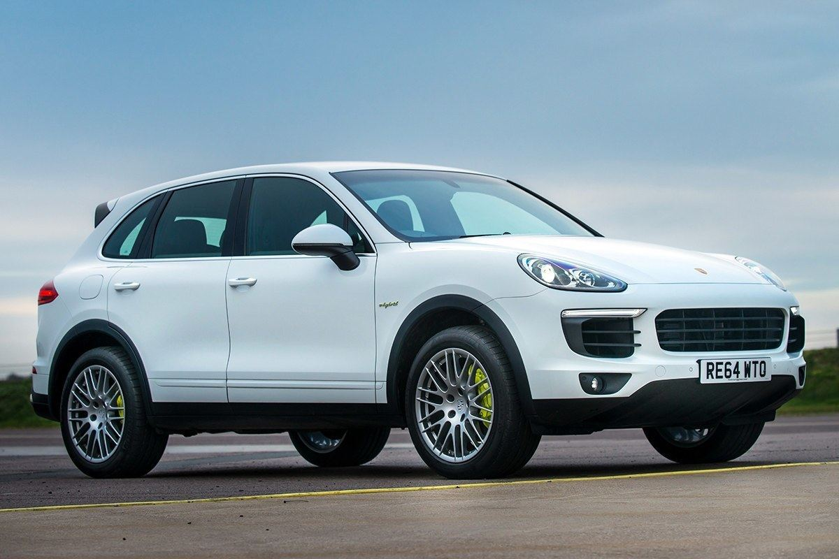 porsche cayenne e hybrid 2015 road test road tests honest john. Black Bedroom Furniture Sets. Home Design Ideas
