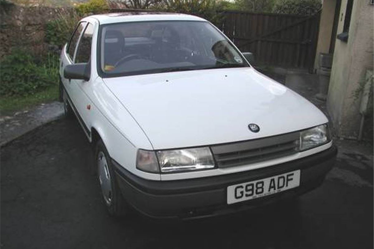 A Grand Monday Vauxhall Cavalier 1 8l Honest John
