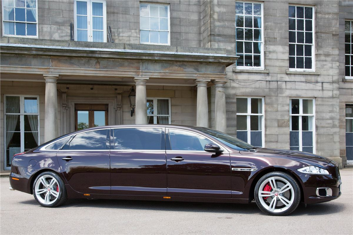 170mph Jaguar Xjr Stretched Limo Announced Motoring News