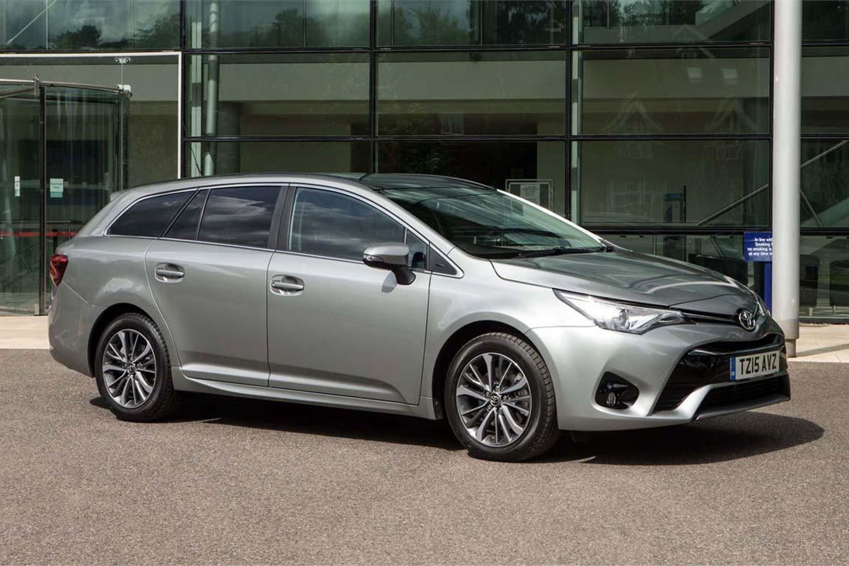 Toyota Avensis Touring Sports 2015 Car Review Honest John