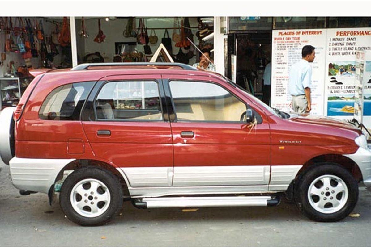 Daihatsu Taruna 2000 - Car Review | Honest John