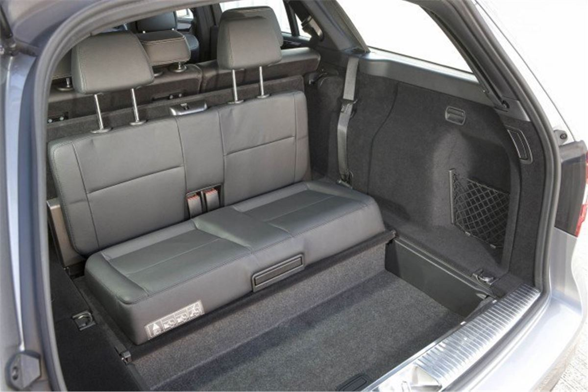 New mercedes e class estate comes with 7 seat option for Mercedes benz seven seater