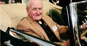 Race Retro pays tribute to Motorsport legend Norman Dewis