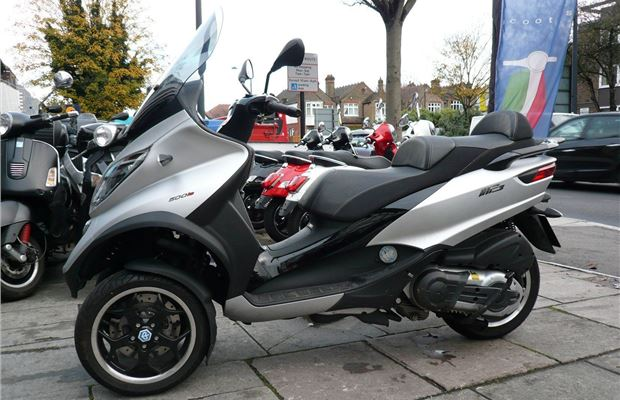 Review Piaggio Mp3 500 Sport Product Reviews Honest John