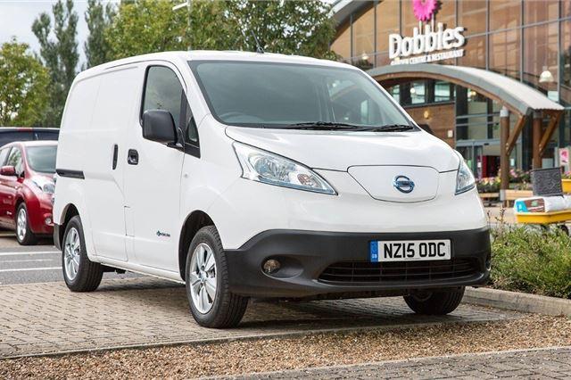 a08e52963157db Nissan eNV200 2014 - Van Review