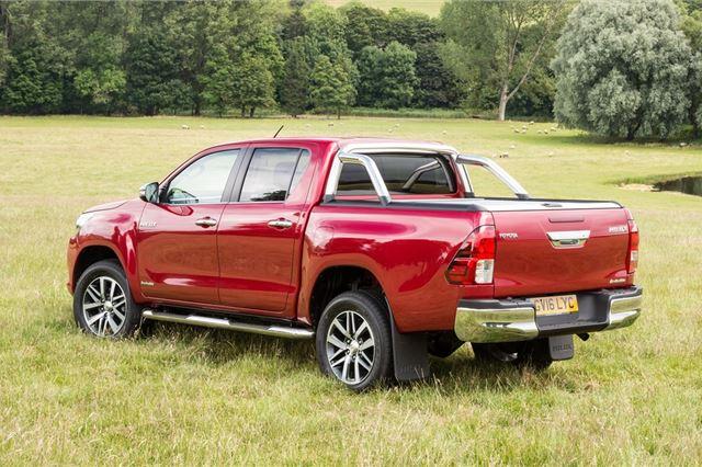 Toyota Hilux 2015 - Van Review | Honest John