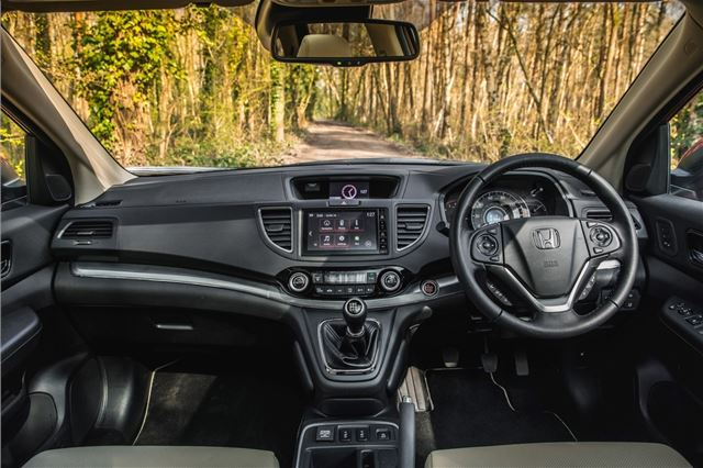 Honda CR-V 2012 - Car Review - Good & Bad | Honest John