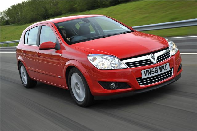 Vauxhall Astra 2004 - Car Review - Good & Bad | Honest John