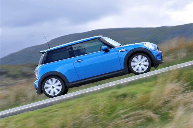 MINI Cooper and Cooper S 2007 - Car Review - Good & Bad | Honest John
